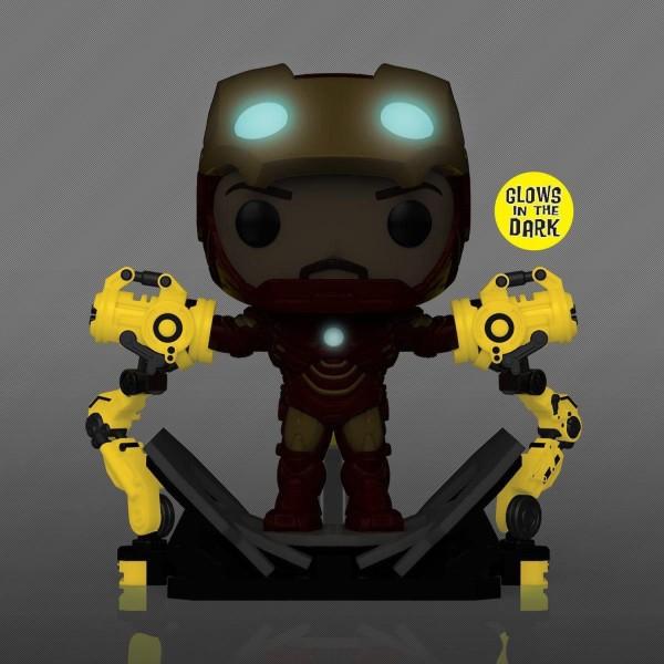 Фигурка Funko POP! Deluxe: Bobble Marvel: Iron Man 2: Iron Man Mark IV with Gantry (MT) (GW) (Exc)